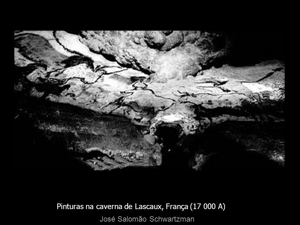Pinturas na caverna de Lascaux, França (17 000 A)