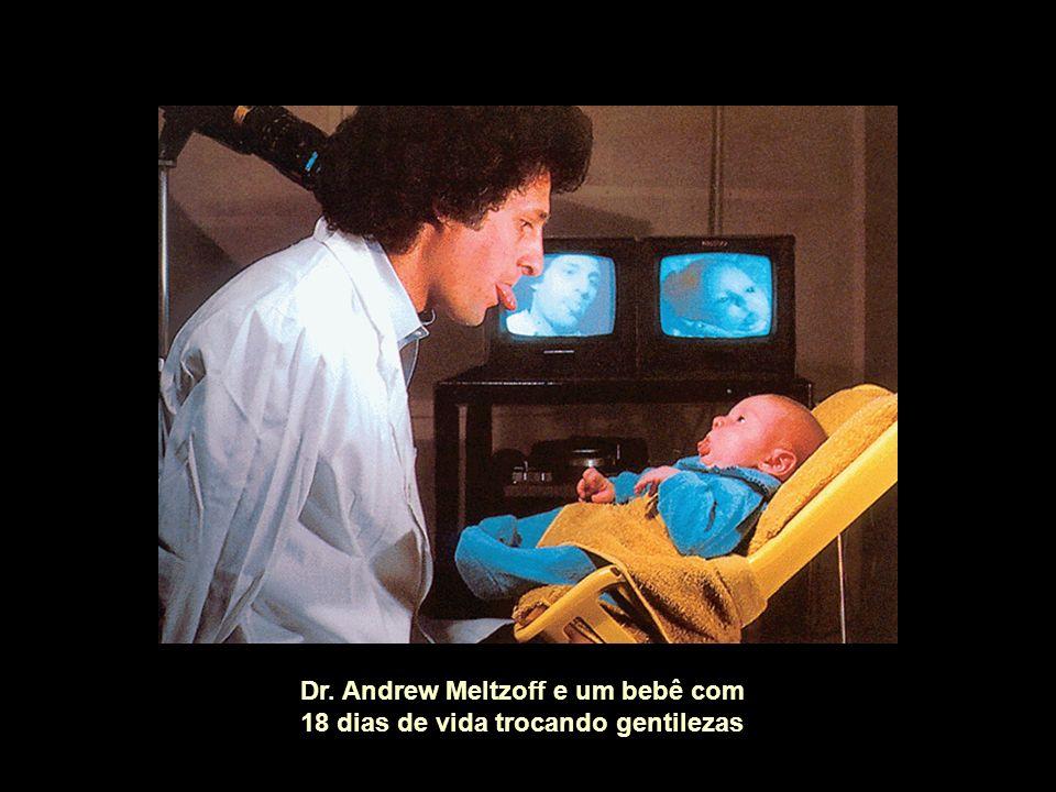 Dr. Andrew Meltzoff e um bebê com