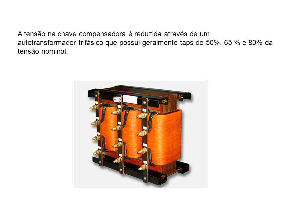 A tensão na chave compensadora é reduzida através de um autotransformador trifásico que possui geralmente taps de 50%, 65 % e 80% da tensão nominal.