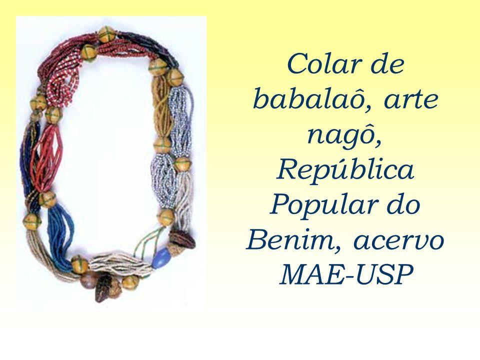 Colar de babalaô, arte nagô, República Popular do Benim, acervo MAE-USP