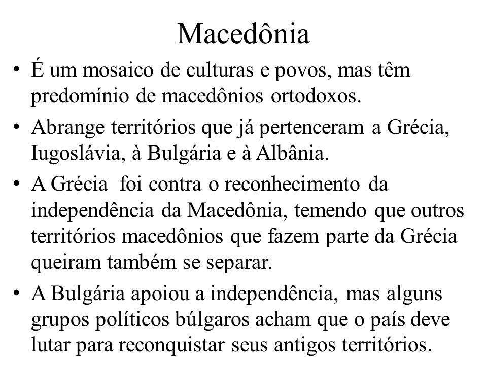 MacedôniaÉ um mosaico de culturas e povos, mas têm predomínio de macedônios ortodoxos.