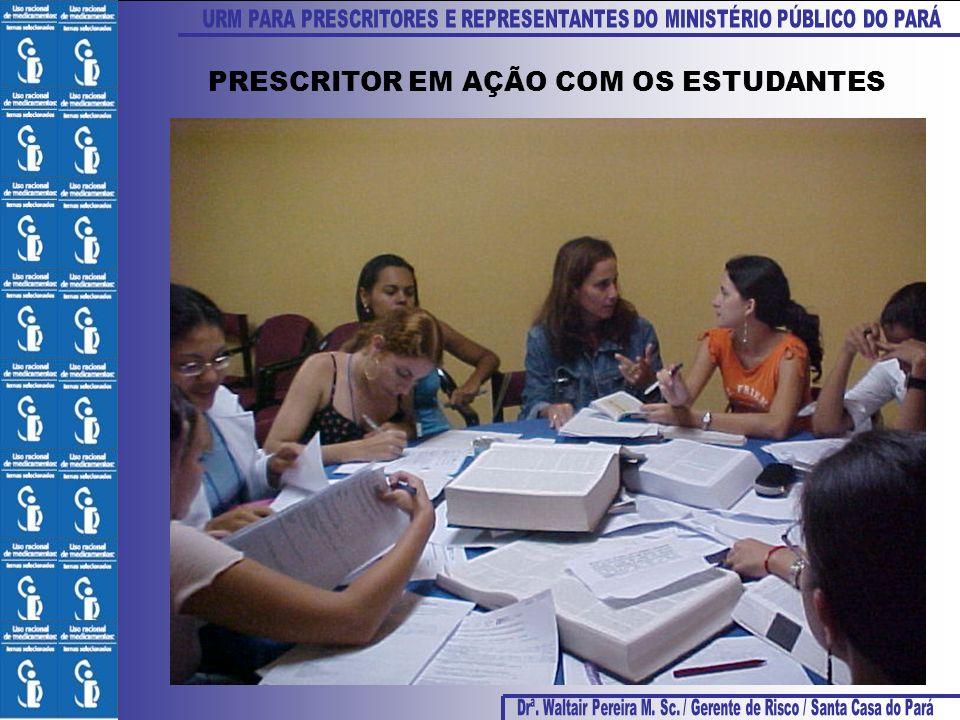 PRESCRITOR EM AÇÃO COM OS ESTUDANTES