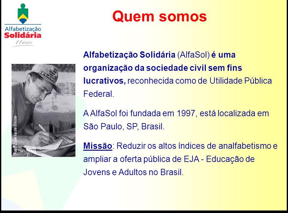 Quem somosAlfabetização Solidária (AlfaSol) é uma organização da sociedade civil sem fins lucrativos, reconhecida como de Utilidade Pública Federal.