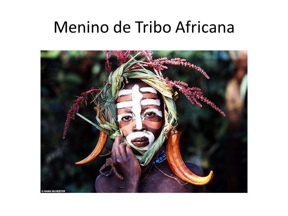 Menino de Tribo Africana