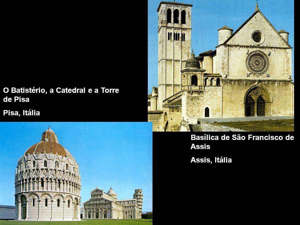 O Batistério, a Catedral e a Torre de Pisa