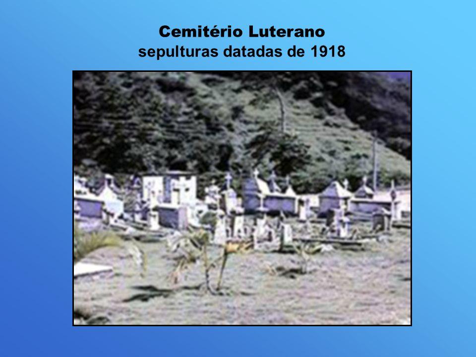 Cemitério Luterano sepulturas datadas de 1918