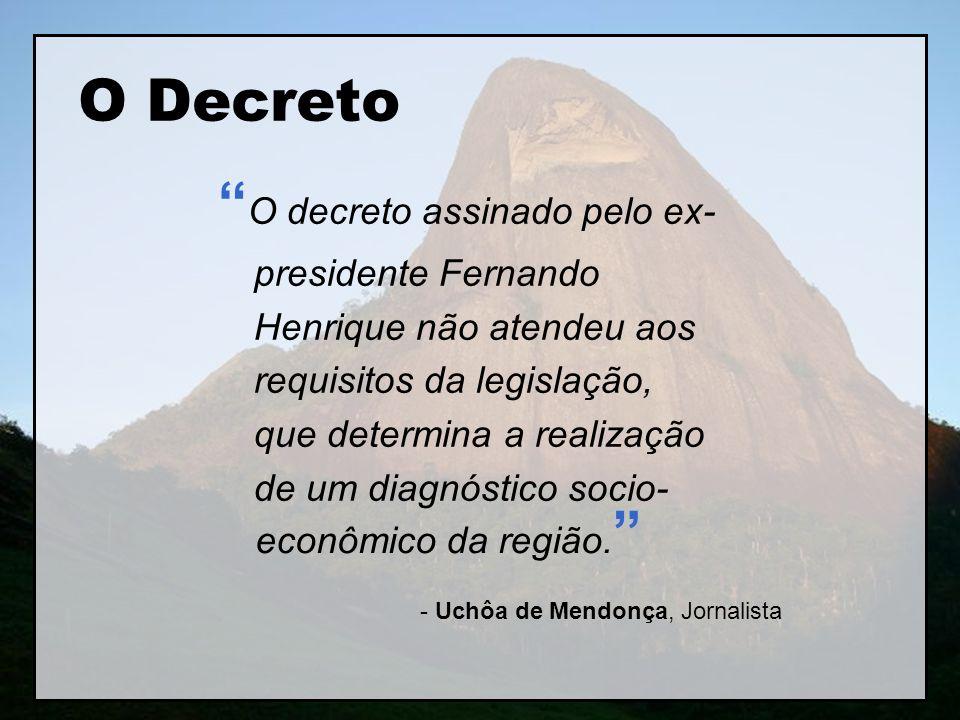 - Uchôa de Mendonça, Jornalista