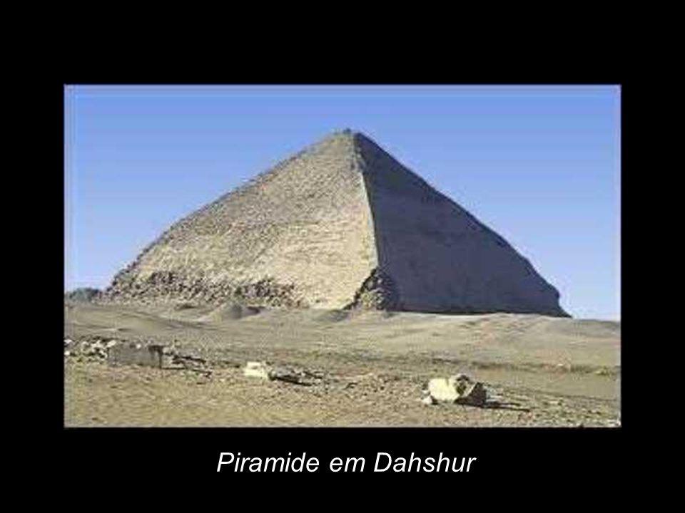 Piramide em Dahshur
