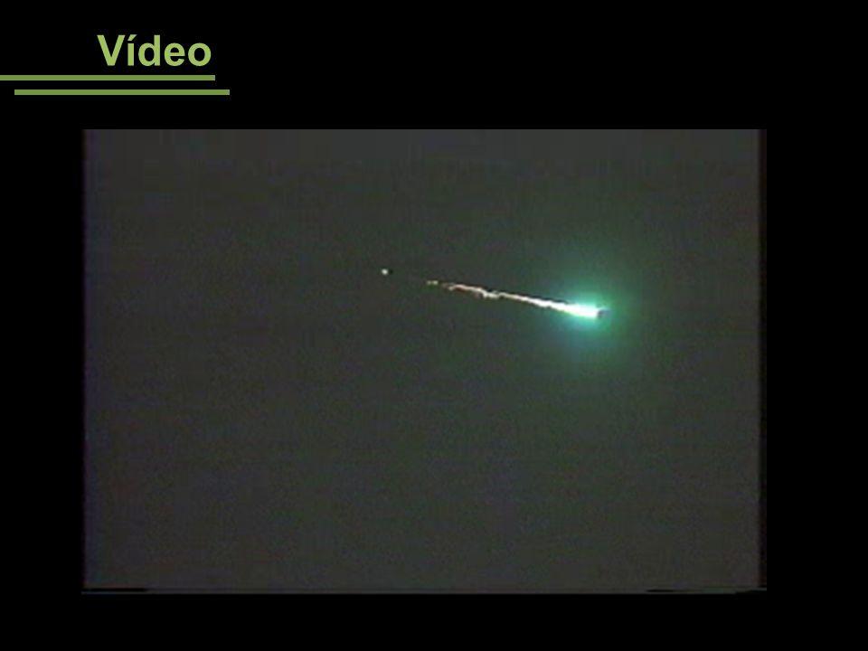 Vídeo Vídeos disponíveis em <http://apod.nasa.gov/apod/ap061119.html> Acesso em 08/08/08