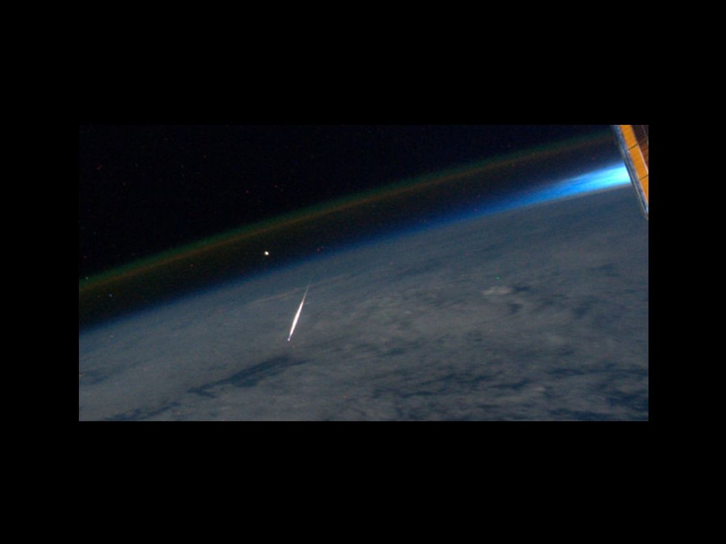 http://2.bp.blogspot.com/-kkhHEh3km_I/Tkhwk_KEVOI/AAAAAAAAF_E/tFLfPmmASxI/s1600/ISS_meteor.jpg