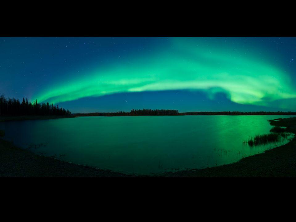 http://antwrp.gsfc.nasa.gov/apod/image/0710/aurora_kuenzli_big.jpg