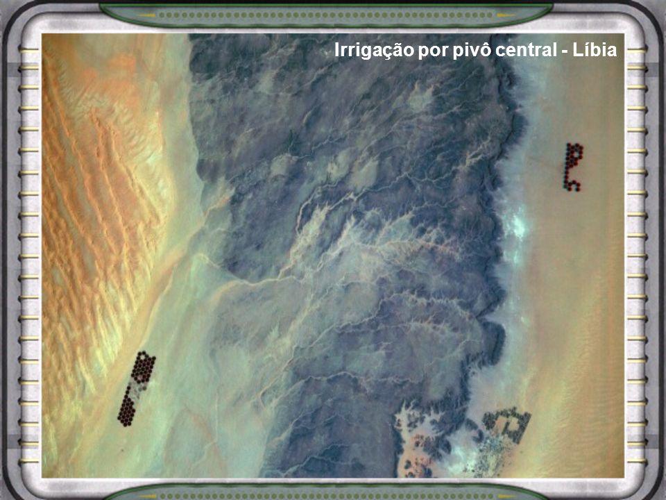 Irrigação por pivô central - Líbia