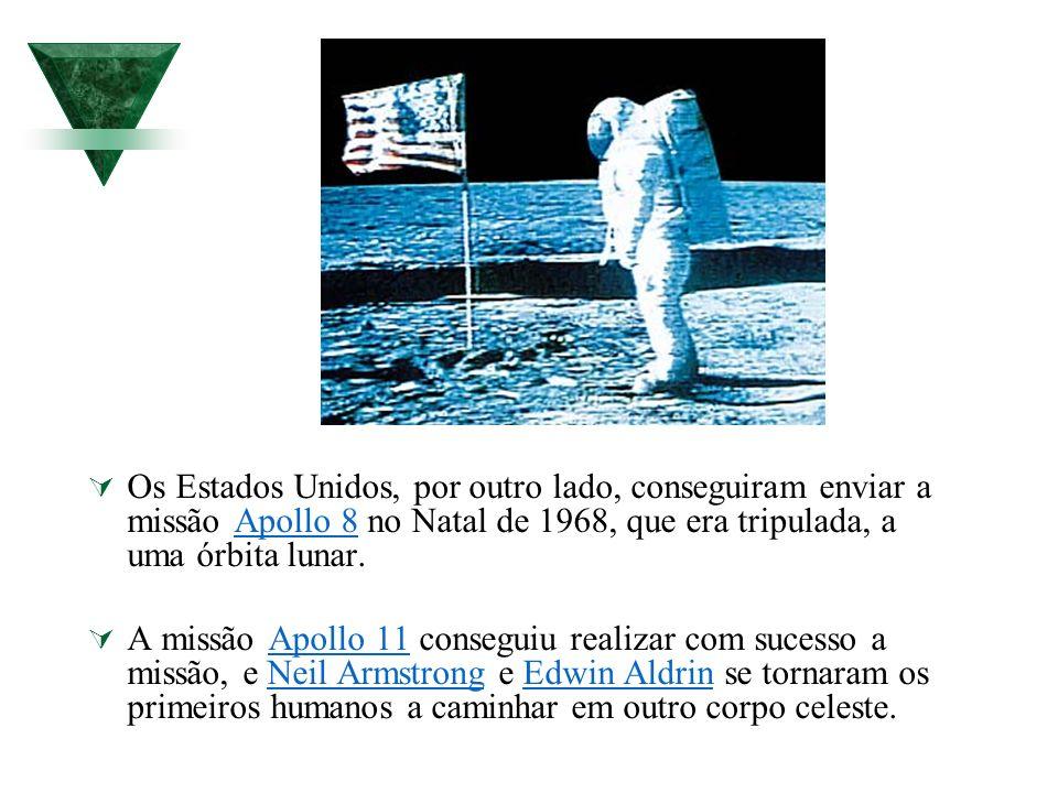 Os Estados Unidos, por outro lado, conseguiram enviar a missão Apollo 8 no Natal de 1968, que era tripulada, a uma órbita lunar.