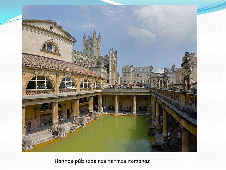 Banhos públicos nas termas romanas