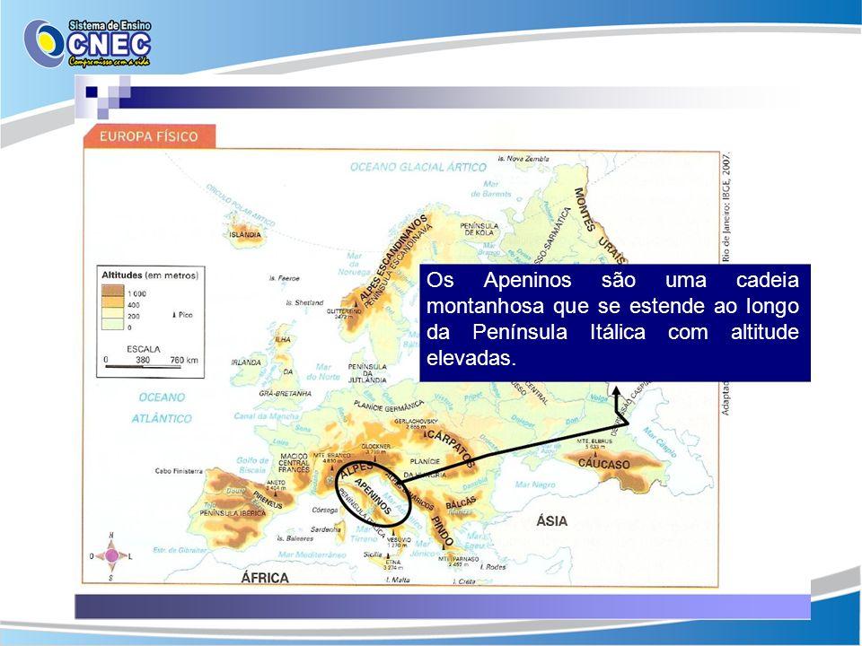 Os Apeninos são uma cadeia montanhosa que se estende ao longo da Península Itálica com altitude elevadas.