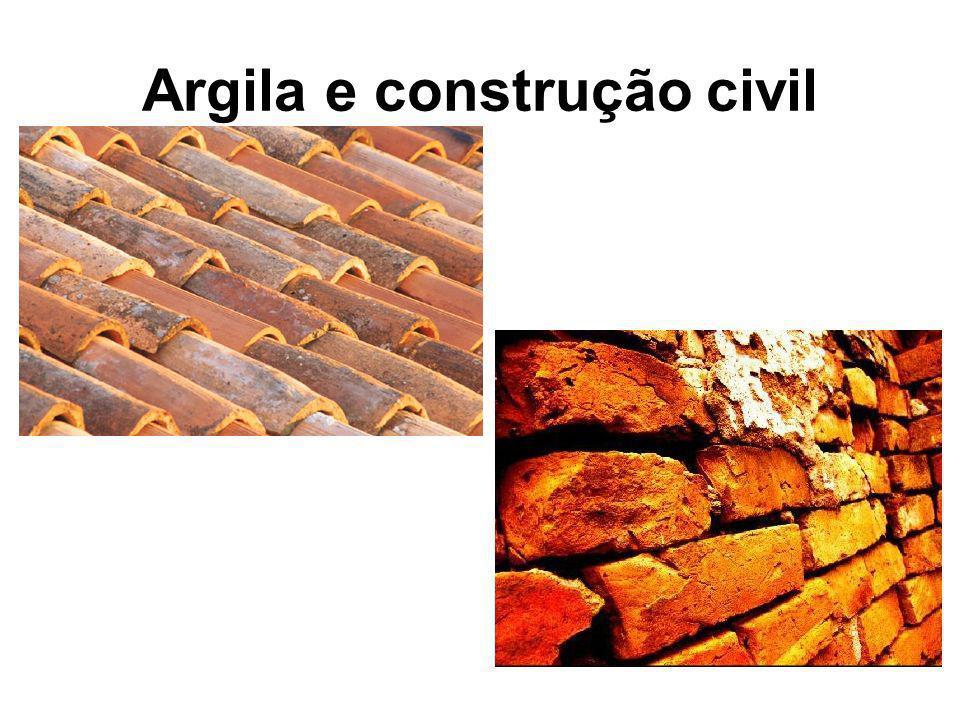 Argila e construção civil