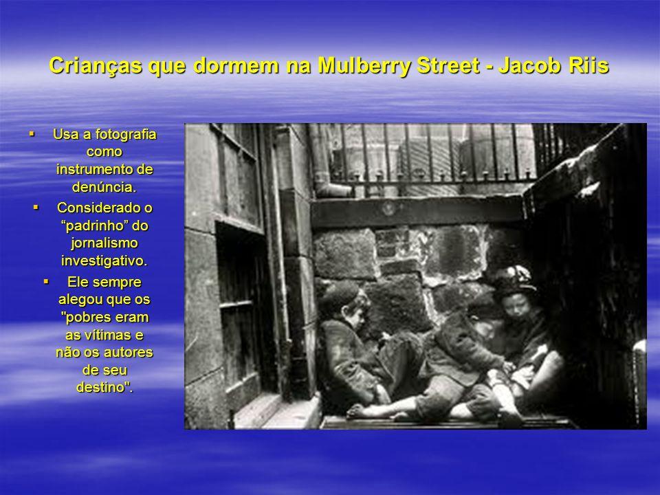 Crianças que dormem na Mulberry Street - Jacob Riis
