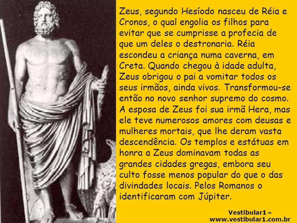 Zeus, segundo Hesíodo nasceu de Réia e Cronos, o qual engolia os filhos para evitar que se cumprisse a profecia de que um deles o destronaria.