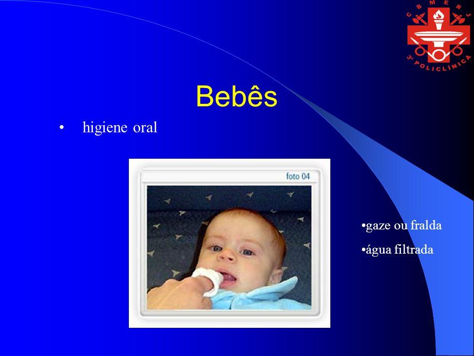 Bebês higiene oral gaze ou fralda água filtrada