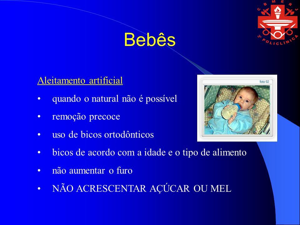 Bebês Aleitamento artificial quando o natural não é possível
