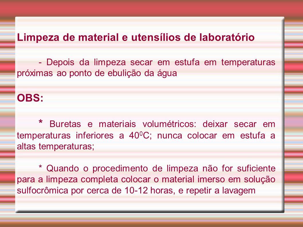 Limpeza de material e utensílios de laboratório