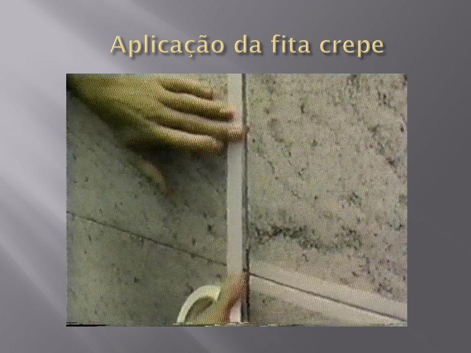 Aplicação da fita crepe