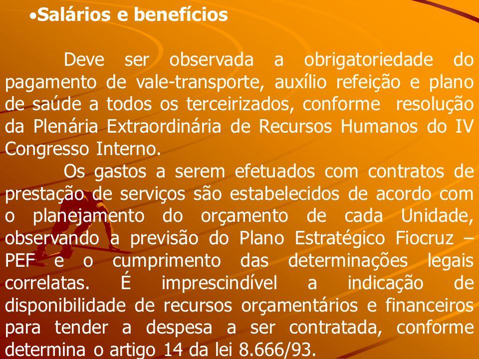 Salários e benefícios