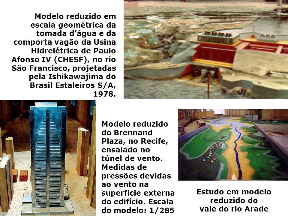 Estudo em modelo reduzido do vale do rio Arade