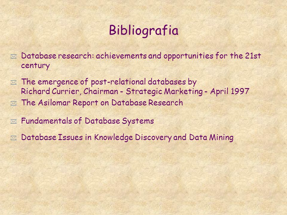 BibliografiaDatabase research: achievements and opportunities for the 21st century.