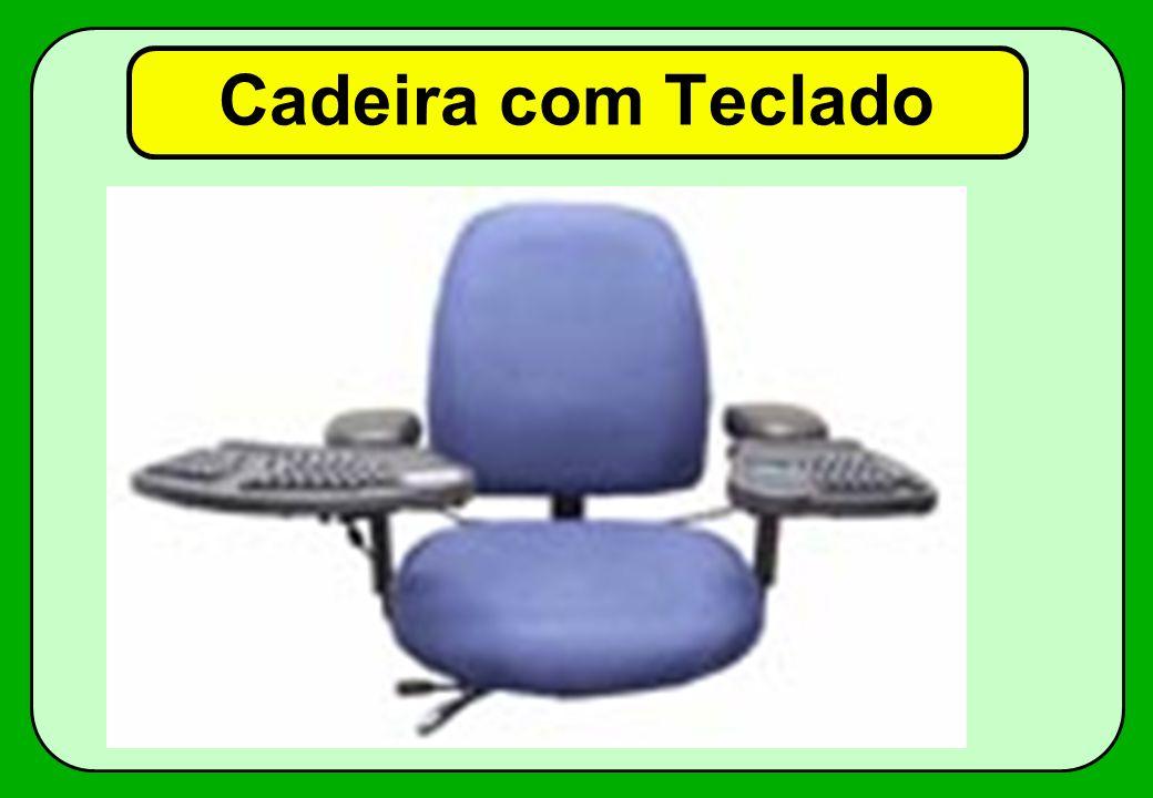 Cadeira com Teclado