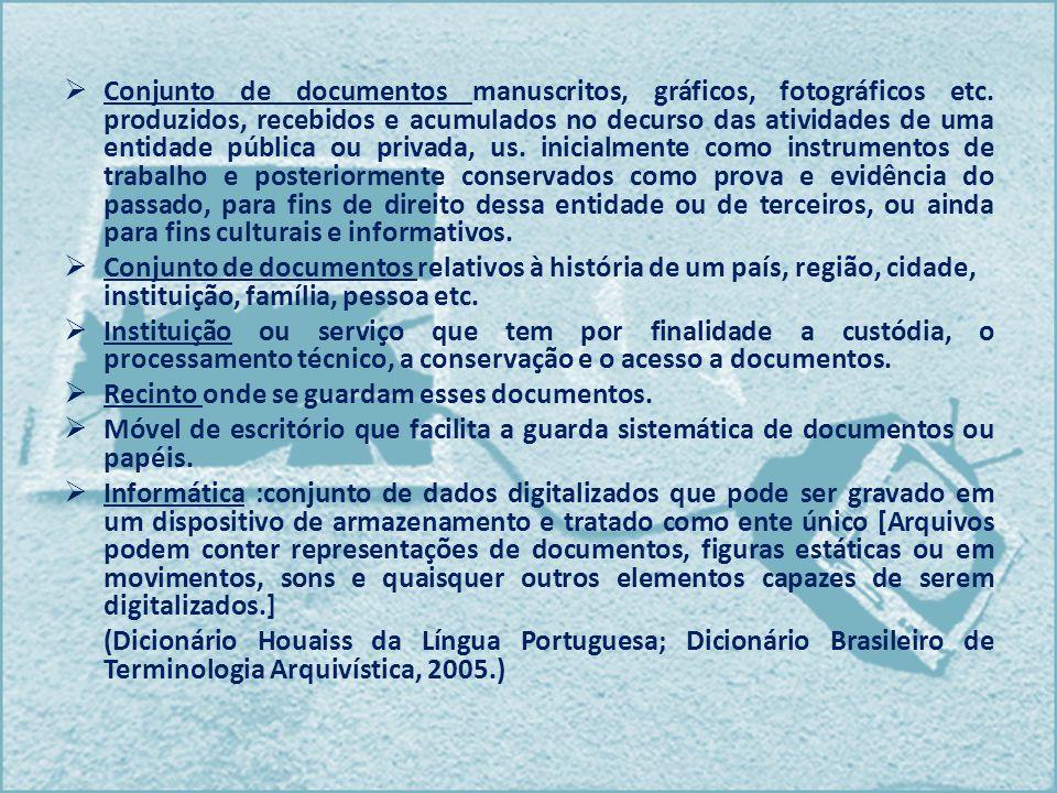 Conjunto de documentos manuscritos, gráficos, fotográficos etc