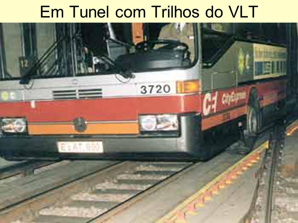 Em Tunel com Trilhos do VLT