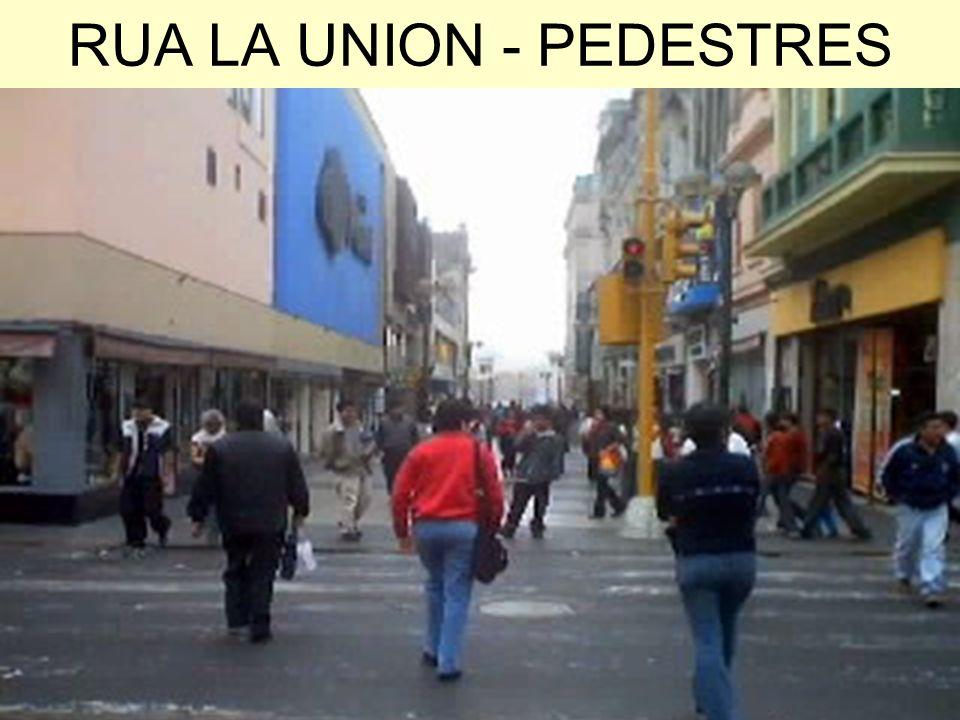 RUA LA UNION - PEDESTRES