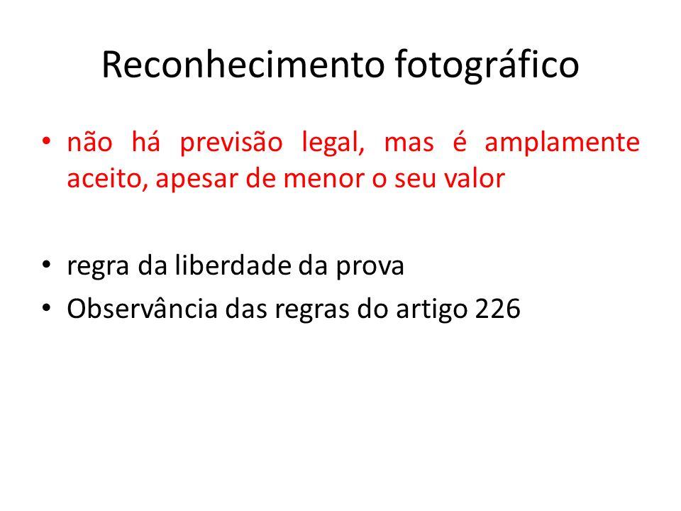 Reconhecimento fotográfico