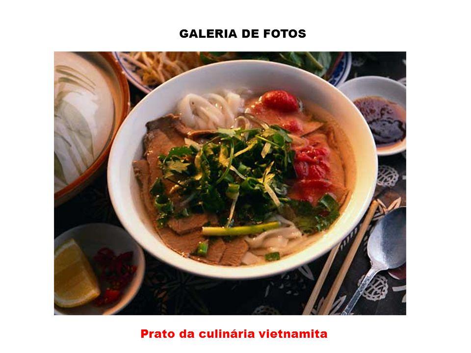 Prato da culinária vietnamita
