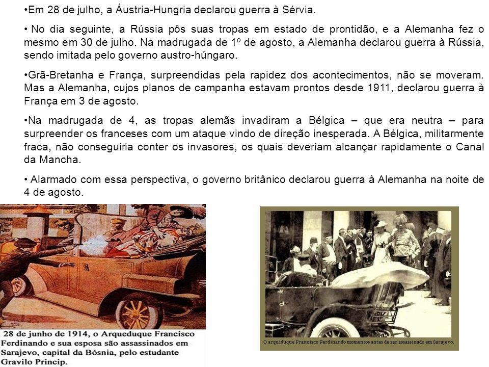 Em 28 de julho, a Áustria-Hungria declarou guerra à Sérvia.