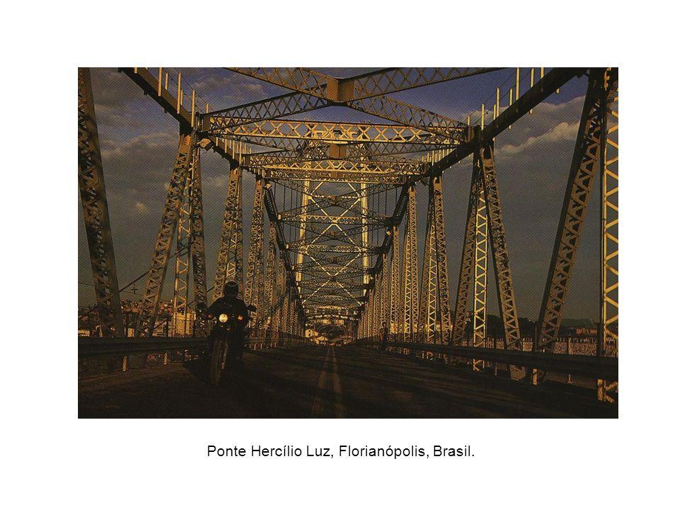 Ponte Hercílio Luz, Florianópolis, Brasil.