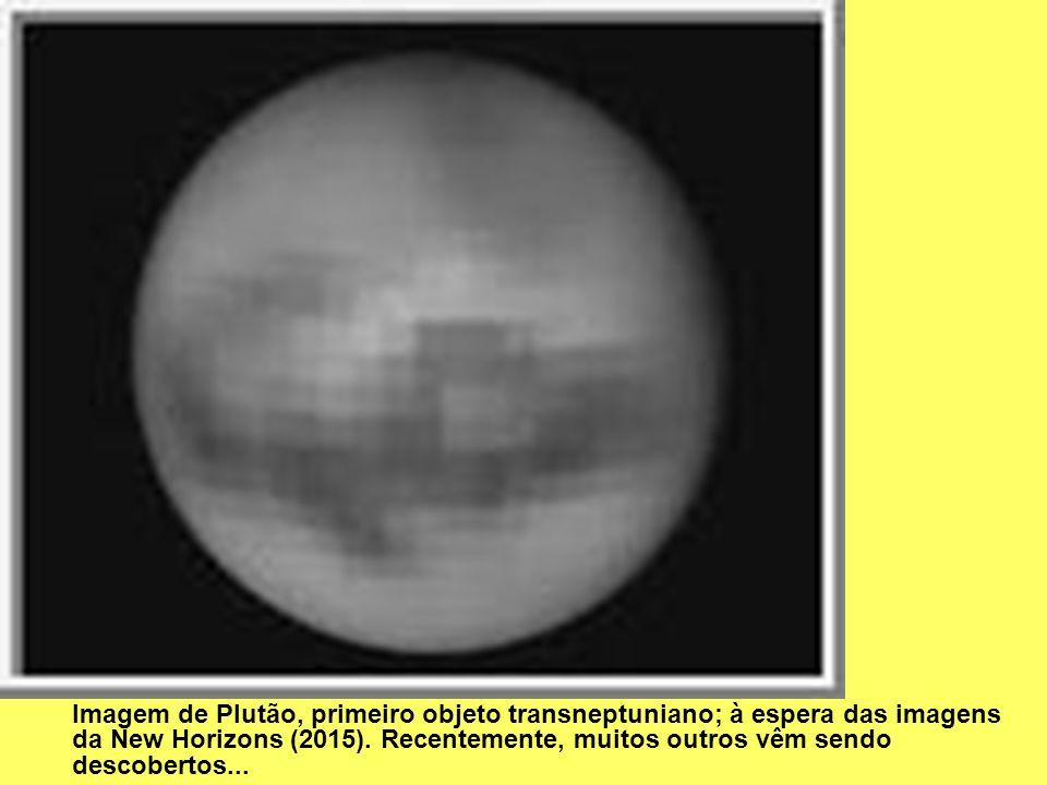 Imagem de Plutão, primeiro objeto transneptuniano; à espera das imagens da New Horizons (2015).