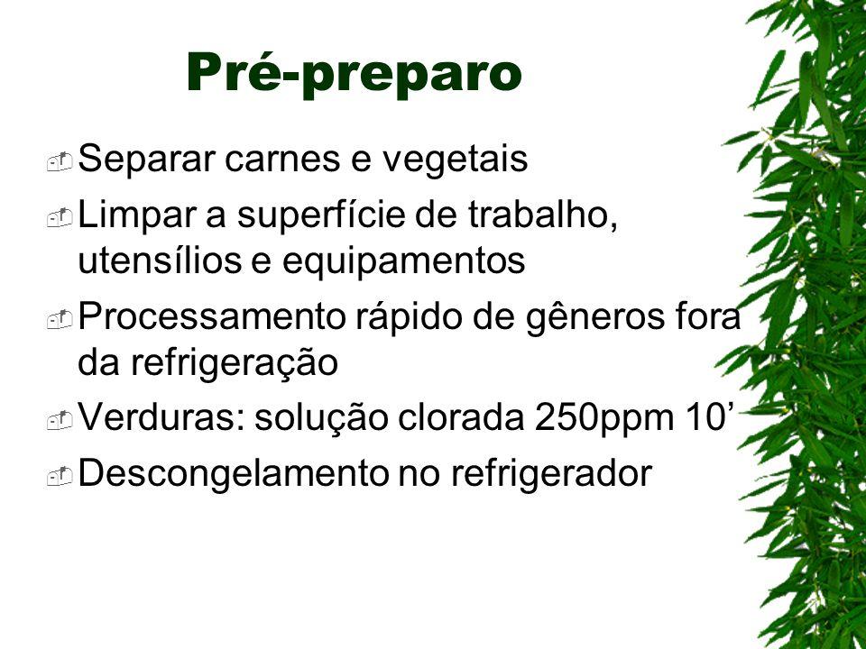 Pré-preparo Separar carnes e vegetais