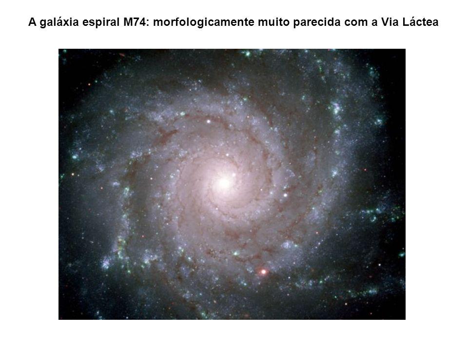 A galáxia espiral M74: morfologicamente muito parecida com a Via Láctea