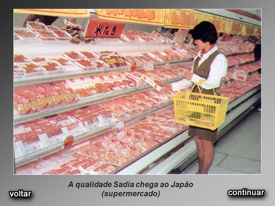 A qualidade Sadia chega ao Japão (supermercado)