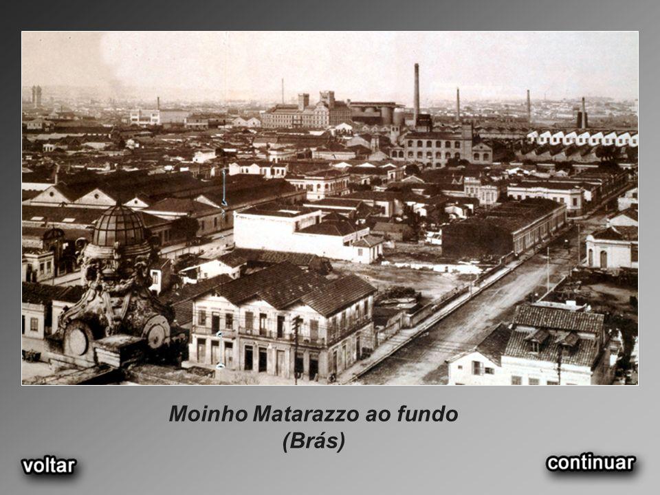 Moinho Matarazzo ao fundo