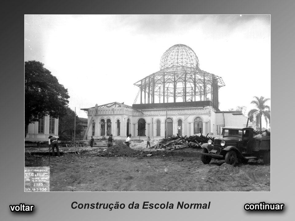 Construção da Escola Normal