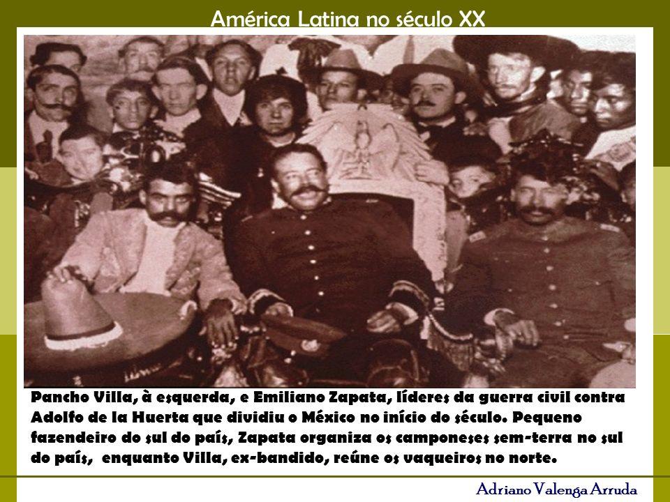 Pancho Villa, à esquerda, e Emiliano Zapata, líderes da guerra civil contra Adolfo de la Huerta que dividiu o México no início do século.