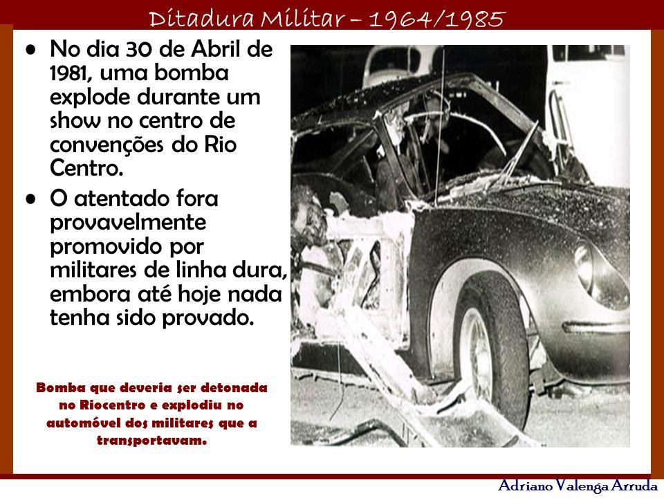 No dia 30 de Abril de 1981, uma bomba explode durante um show no centro de convenções do Rio Centro.