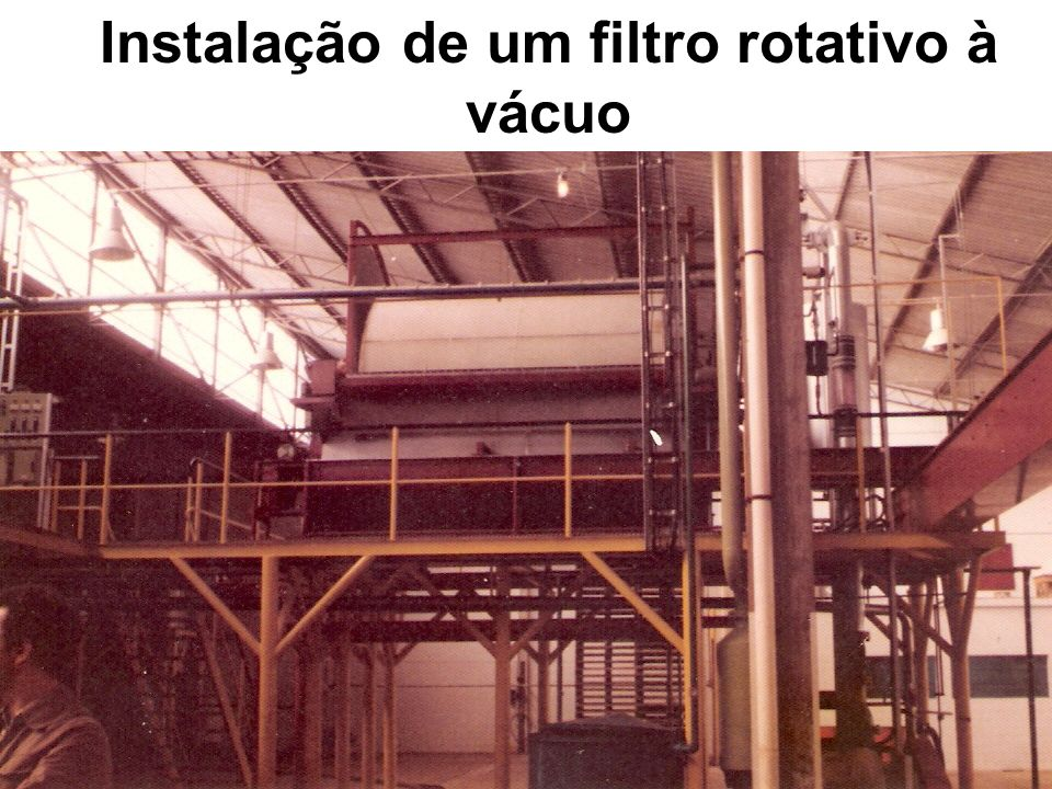Instalação de um filtro rotativo à vácuo