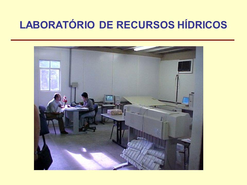 LABORATÓRIO DE RECURSOS HÍDRICOS