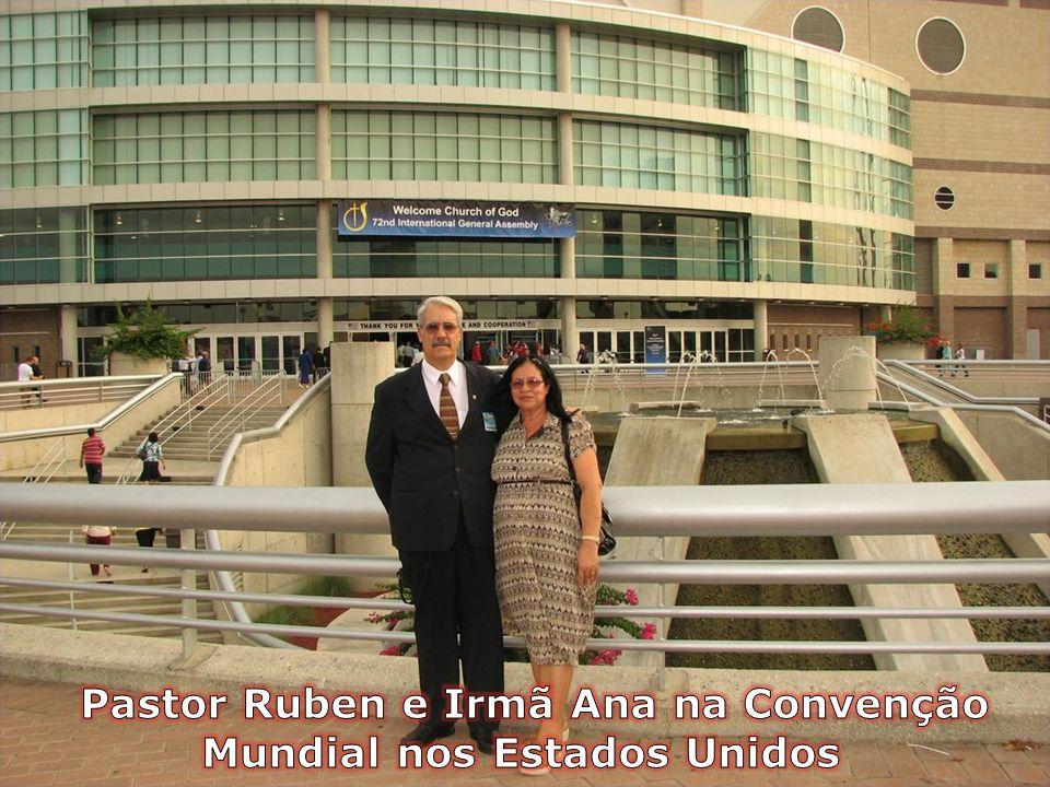 Pastor Ruben e Irmã Ana na Convenção Mundial nos Estados Unidos