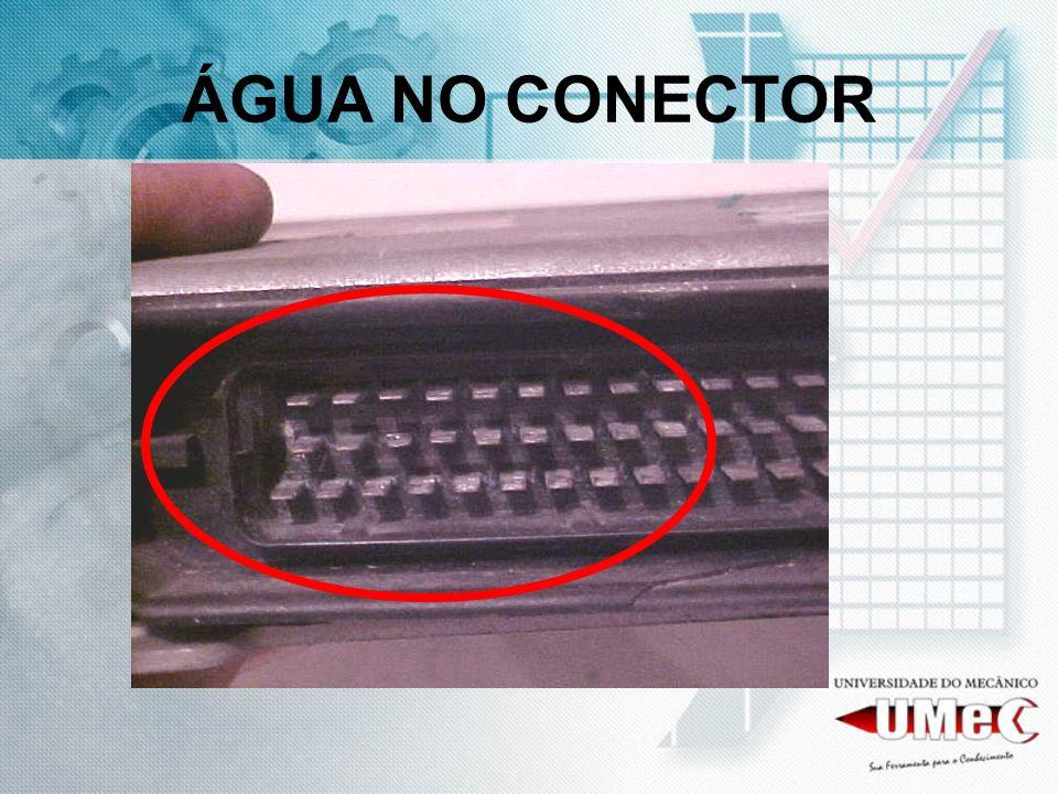 ÁGUA NO CONECTOR