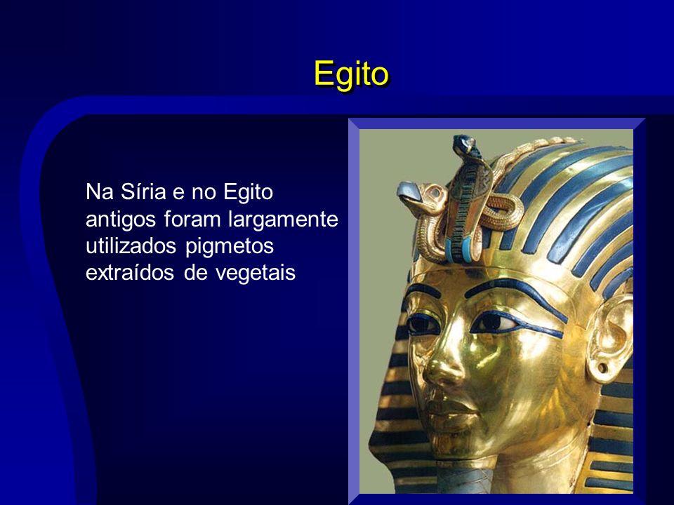 Egito Na Síria e no Egito antigos foram largamente utilizados pigmetos extraídos de vegetais